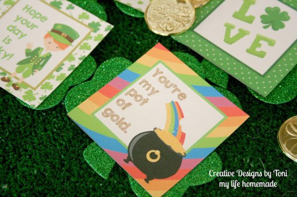 Add these cute St. Patrick's Day free printables to your kid's lunch box.