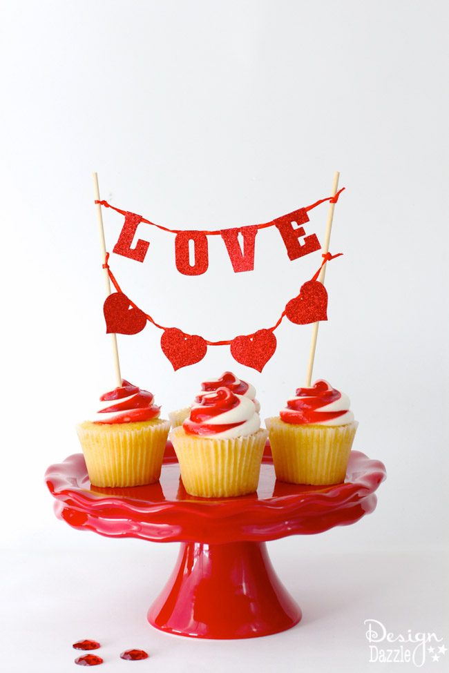 Simple Last-Minute Valentine Ideas that are fabulous and EASY!! Spend a few minutes to make someones day!! Design Dazzle