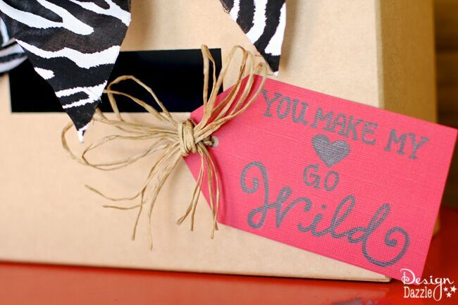 Darling simple Safari Valentines Card box to make with your kids! Free printable by Design Dazzle.