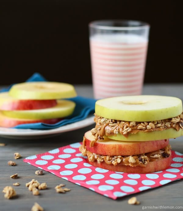 Apple Sandwiches with Peanut Butter and Granola. Perfect healthy snack for an afternoon pick me up!