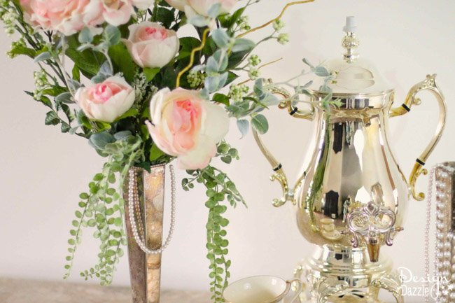 Simple and easy floral arrangement for a Downton Abbey inspired tea party. Design Dazzle