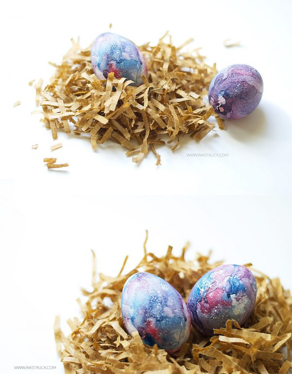 Galaxy Painting Easter Eggs! 20+ Creative Ways to Paint Easter Eggs on decigndazzle.com!
