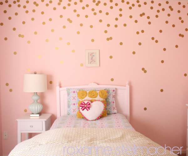 Polka dot bedrooms for kids design dazzle for Girls bedroom paint ideas polka dots