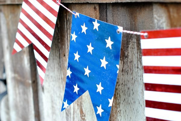 Darling 4th of July Banner that is too cute NOT to print! Love a FREE printable!!