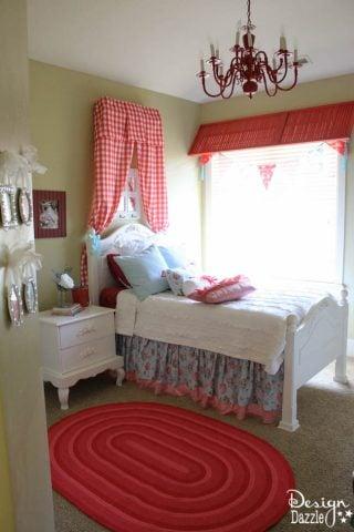Cheerful Shabby Chic Girls Bedroom