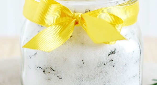 Lemon Rosemary Bath Salts for Mother's Day Gifts