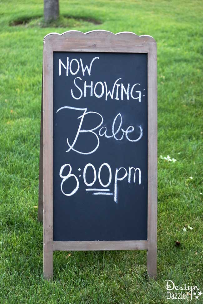 Hosting an Outdoor Movie in 5 Simple Steps www.DesignDazzle.com