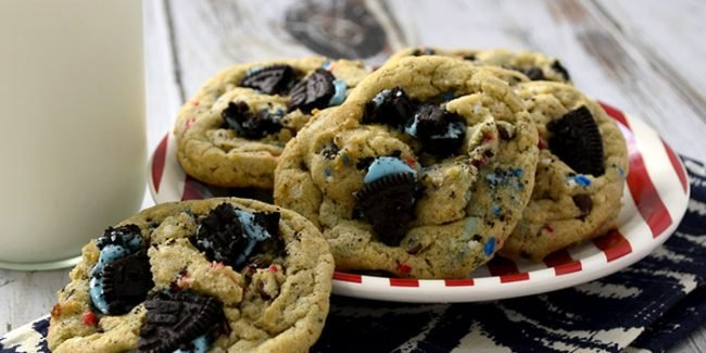 red whit & blue cookies and cream cookies feature