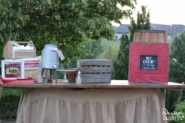 Ideas for hosting an outdoor movie night! Step by step tutorial on how to set a darling farm theme refreshment table | Design Dazzle
