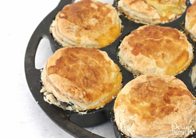Recipe to make delicous Aussie Meat Pies. Great to eat for breakfast, lunch, dinner or anytime. The meat pies also freeze well! | Design Dazzle