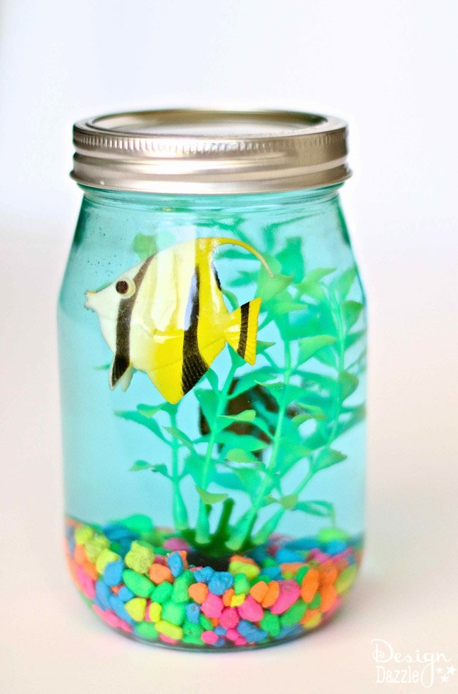 Mason jar aquarium design dazzle for Crafts to make with glass jars