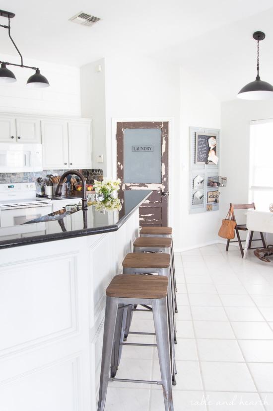 Make A Bold Statement With Farmhouse Lighting Design Dazzle
