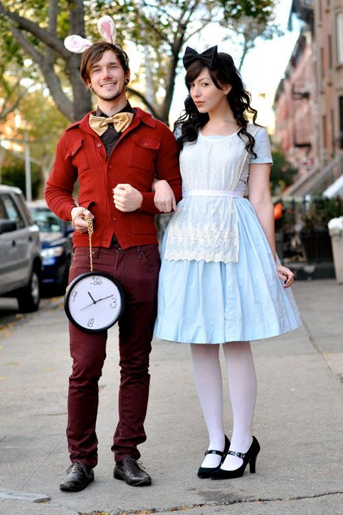10 of the most creative and easy DIY Couples Halloween Costumes! | Design Dazzle