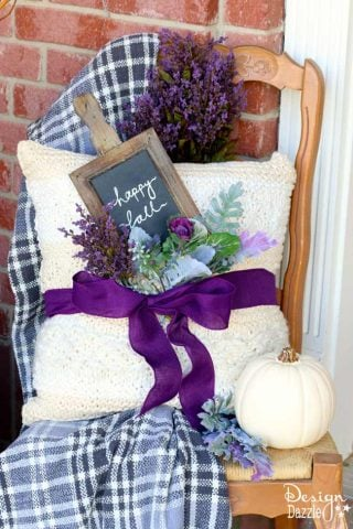Front porch fall decor | Design Dazzle