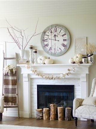 Easy Fall Themed Mantle