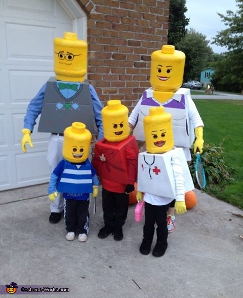 Ten of my favorite award winning Halloween costumes that are sure to turn some heads and of course...win some awesome awards! | Design Dazzle