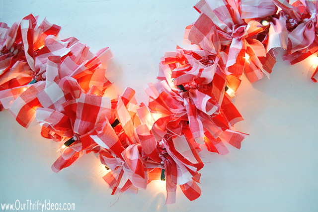 With just 3 simple supplies, you can create a custom Lighted Christmas Garland that will make your home decor pop this Christmas! Customize the length, colors and lights to make this easy craft all your own!