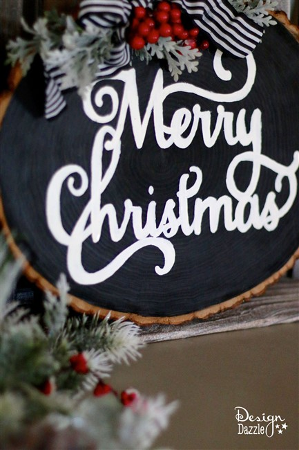 With the holiday season upon us, learn how I created these fun, versatile, and gorgeous wood slice signs! | diy Christmas decor | Christmas signs | diy Christmas signs | decorating for Christmas || Design Dazzle #diychristmas #christmasdecor
