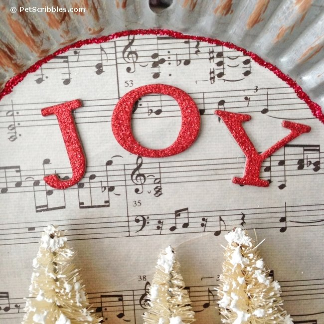 How to make a charming tart tin ornament!