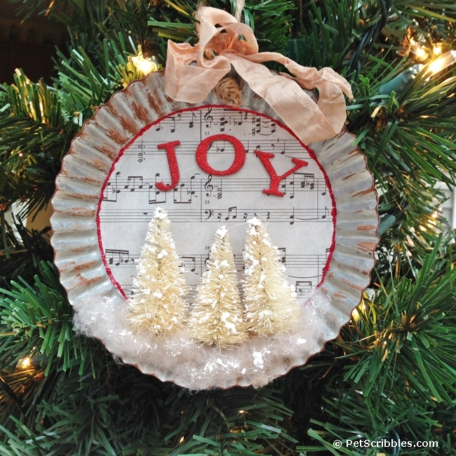 How to make a charming tart tin ornament