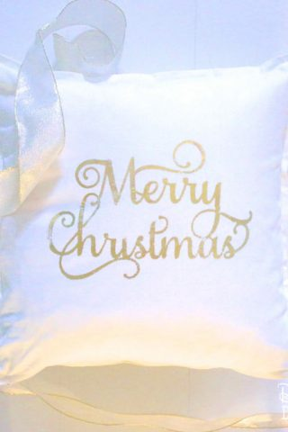 DIY Christmas Pillow Covers with Deco Foil