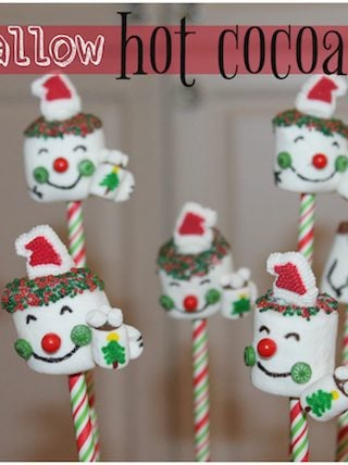 marshmallow hot cocoa santas