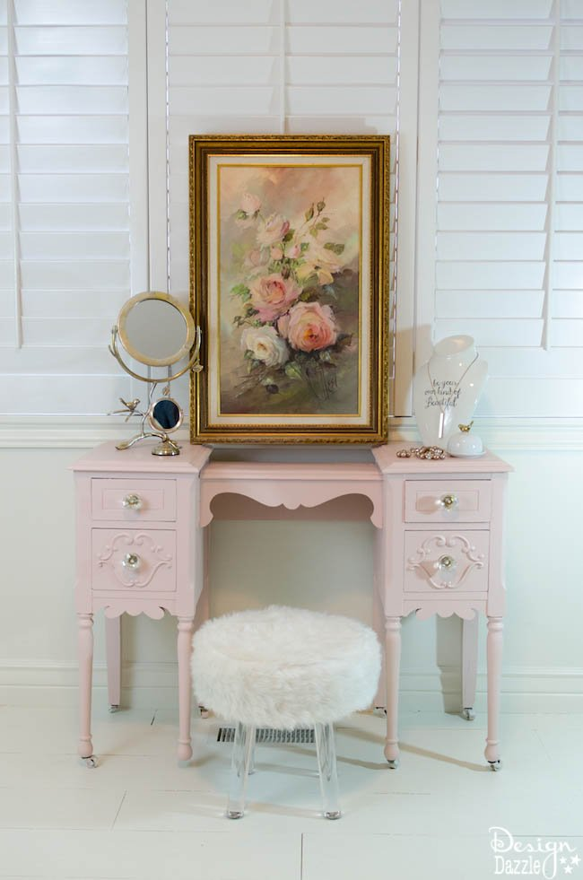 Take an old vanity from drab to fab with BEHR paint and a few simple steps! | Design Dazzle