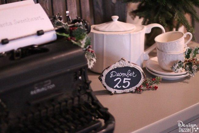 Christmas Home Tour 2016- Dining Room and Desk Decor   Design Dazzle