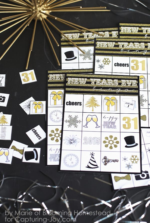 Hilarious New Year's Eve Games for the whole family! Ring in the New Year with minute to win it games! #newyearseveparty #minutetowinitgames
