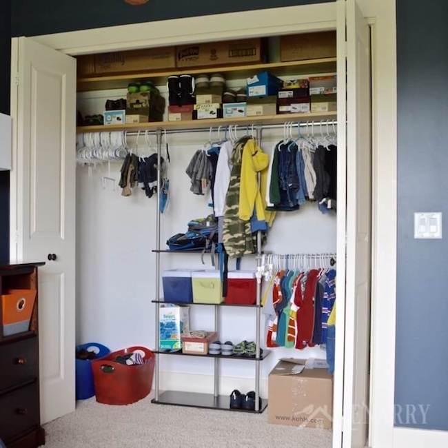 Outer Space Bedroom Decor Closet Organization8