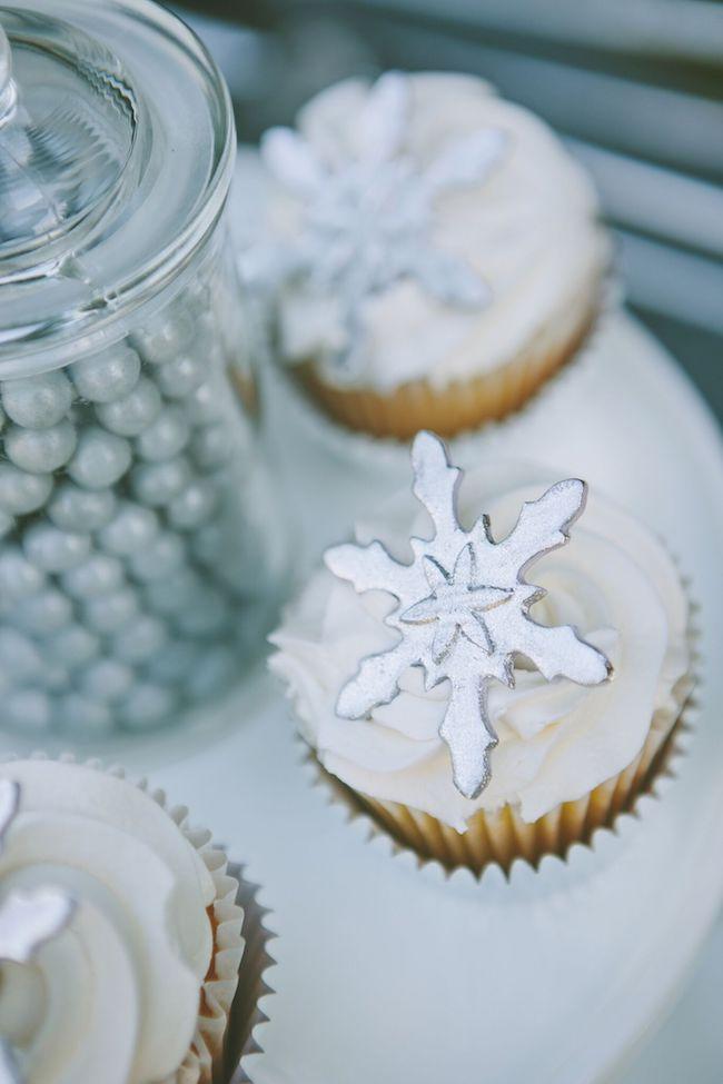 A gorgeous wintery snowflake party! | Design Dazzle