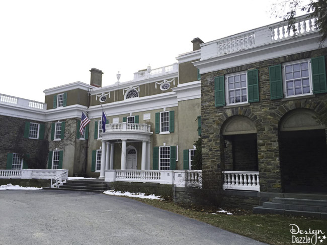 The historic sites located in the Hudson Valley such as the Rockefeller estate, Vanderbilt Mansion and many more make this a fun and gorgeous getaway!   Design Dazzle