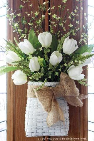 13 Stunning Spring Wreaths