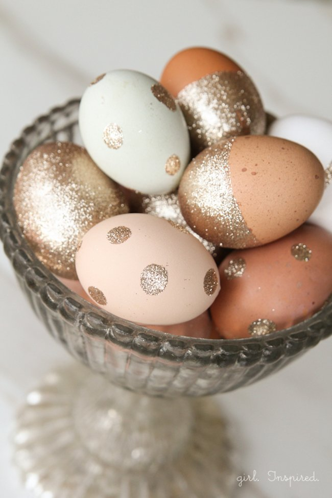 """18 """"egg-cellent"""" Easter egg decorating ideas that are absolutely creative and fun! Many of these ideas you probably have the supplies for right now. 