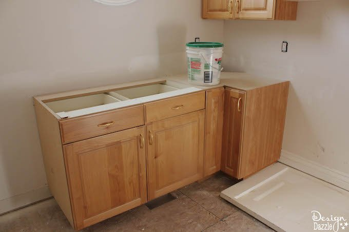 """Combine a butler's pantry with the laundry room to create a """"pandry"""" 