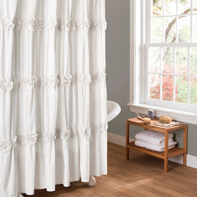 20 Gorgeous And Trendy Shower Curtains
