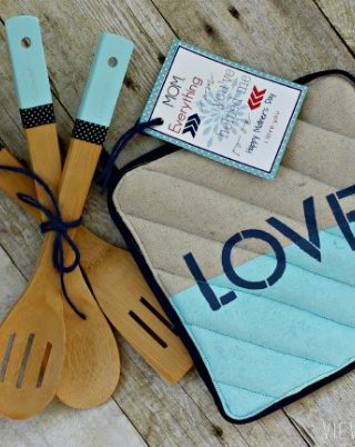 12 Marvelous Classroom Mother's Day Gifts