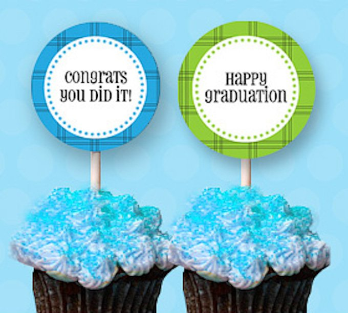 With these 15 fabulous free graduation printables you can find some easy ideas to put together a great party or invitation on a budget! | Design Dazzle