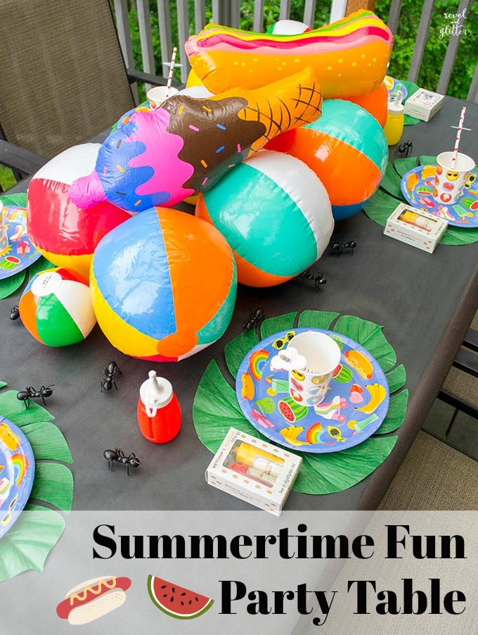 Get ready for summertime fun with the perfect table.