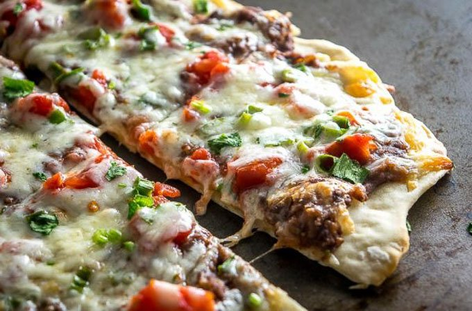 I found 12 of the most perfect, mouth watering, pizza recipes out there that will have you drooling just thinking about them! | homemade pizza recipes | easy pizza recipes | pizza recipe ideas || Design Dazzle #pizzarecipes #homemadepizza #pizza