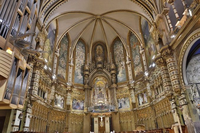 Montserrat Monastery in Spain | Design Dazzle