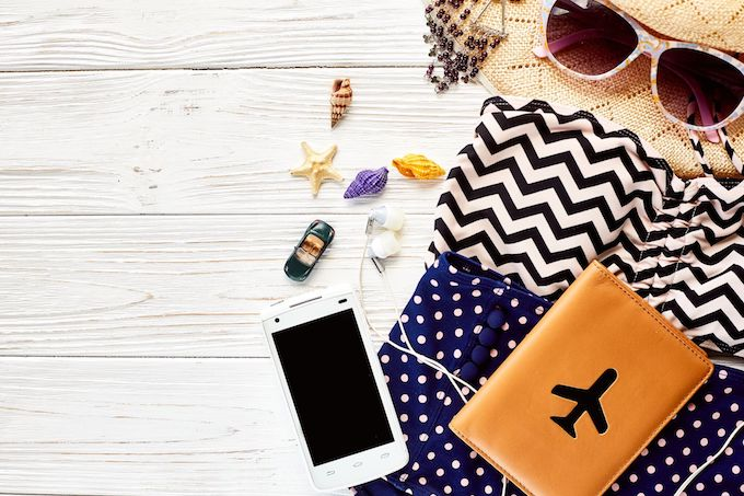 Using your phone abroad without the right plan can cause your phone bill to rocket skywards in no time at all, learn how to avoid that here! | Design Dazzle