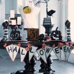 How To Set A Halloween Tablescape
