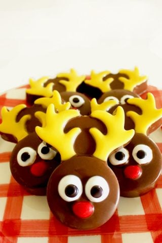 Chocolate Covered Oreo Reindeer