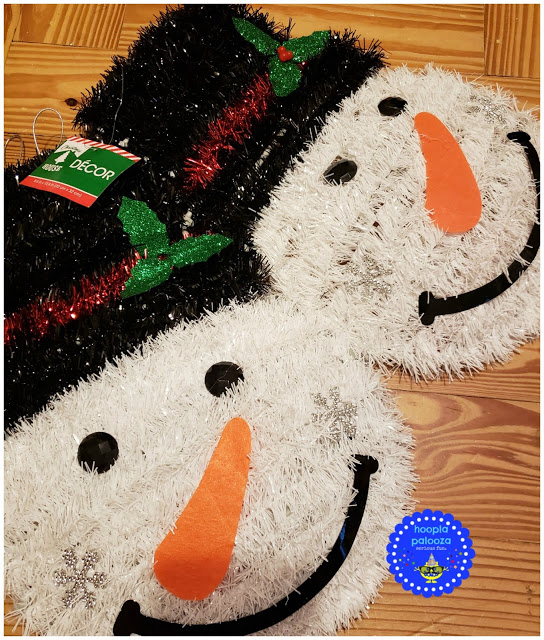 It's a merry time of year full of cheer and lots of parties. so these dollar tree snowmen centerpieces are just the thing for all your merriment!
