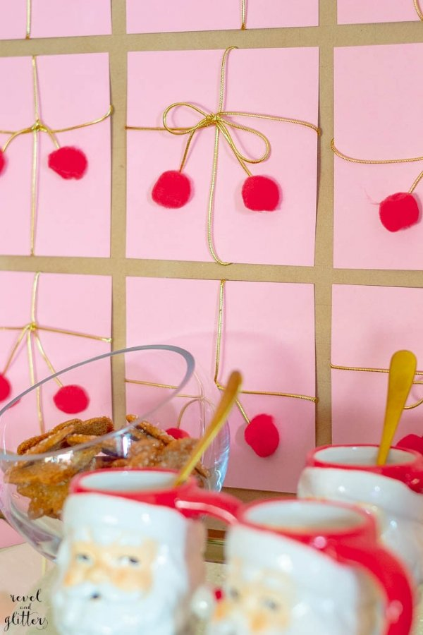 I'm sharing a fun Christmas present party backdrop. I'm always sharing with my reader's easy DIY ideas and I'm often inspired by fun, everyday objects.