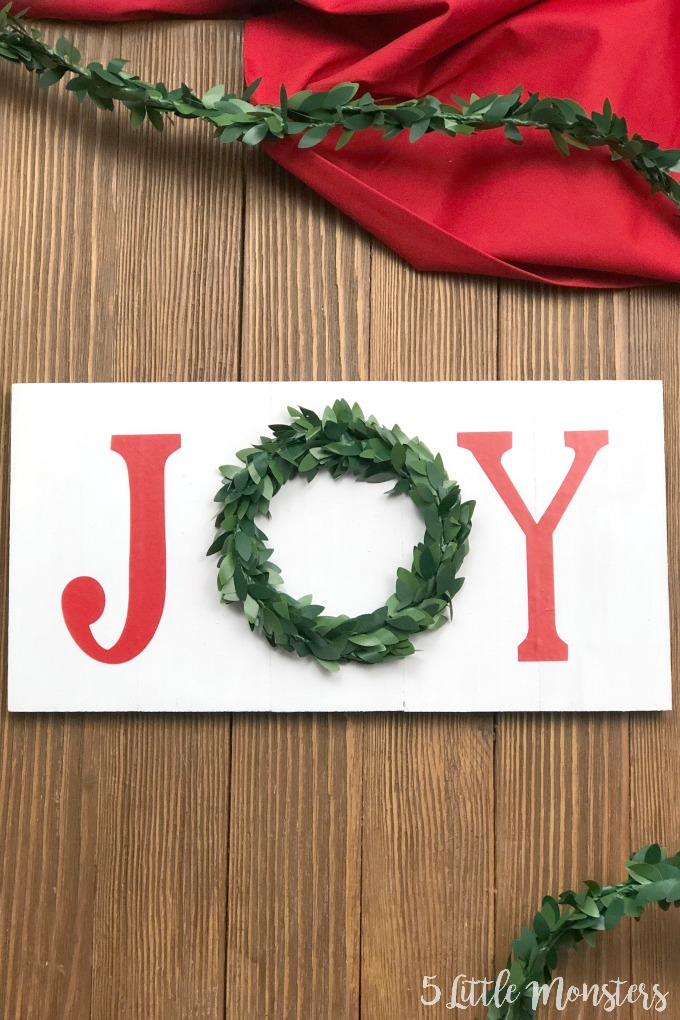 This little Joy wreath sign is a really quick and easy project and a cute addition to your holiday decor.