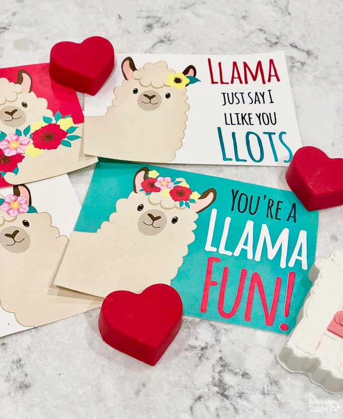 I think these are my favorite Valentine cards I've ever had on my blog. I love the cute Llama's and the cute sayings that go with the free Llama Valentine cards. | Design Dazzle