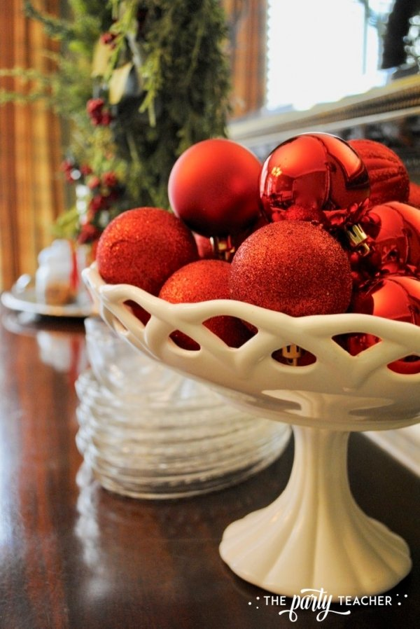 Christmas chairs 4 ways by the party teacher 12