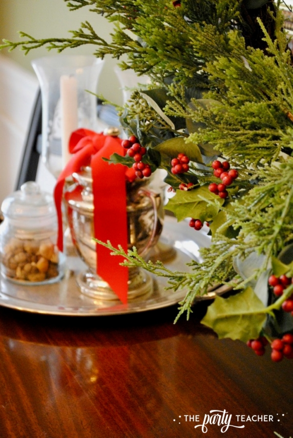 Christmas chairs 4 ways by the party teacher 13